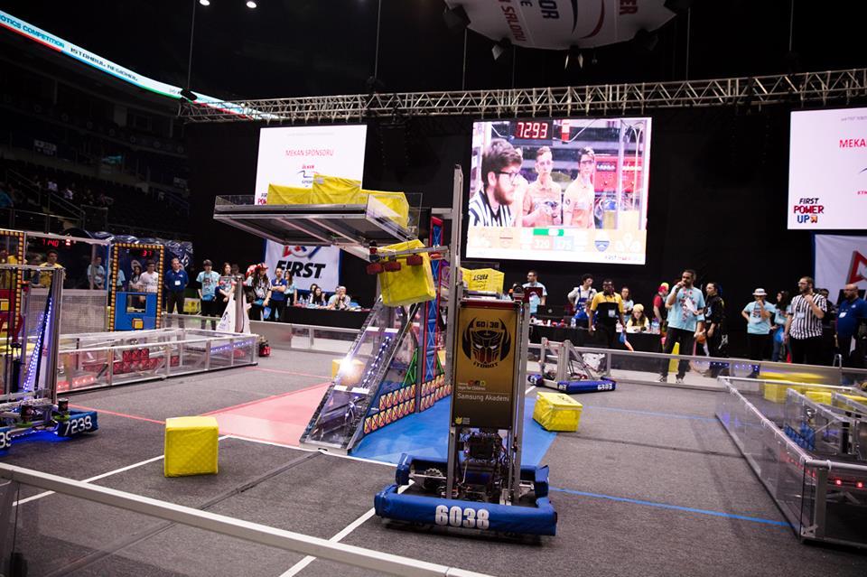 robotlar maç yapıyor