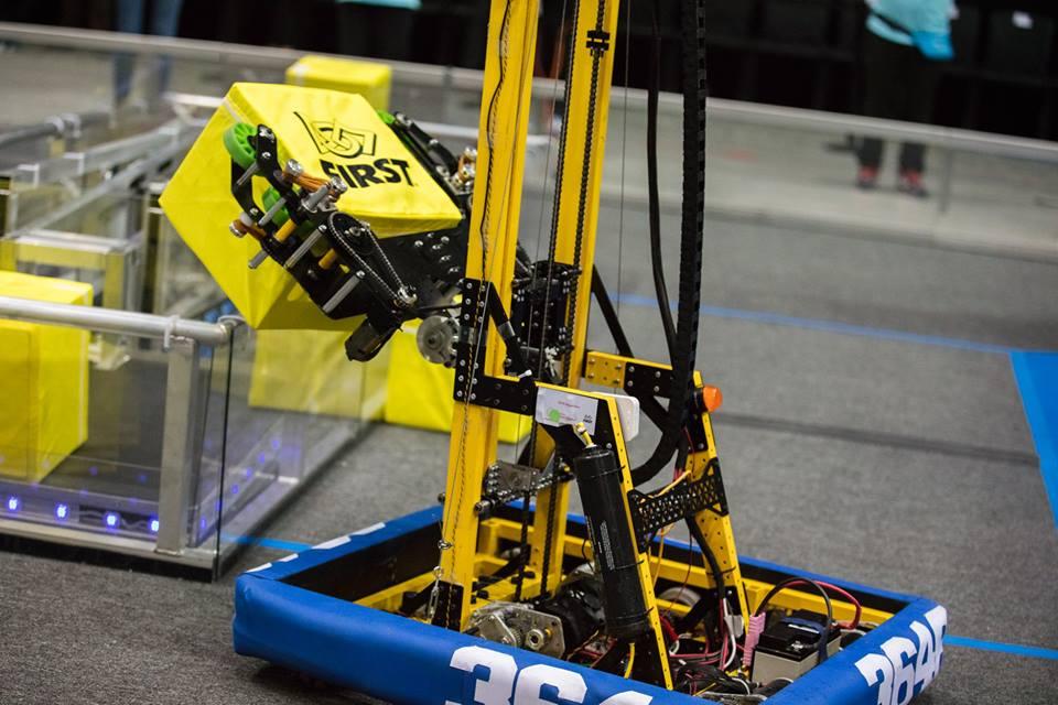 kutu taşıyan robot
